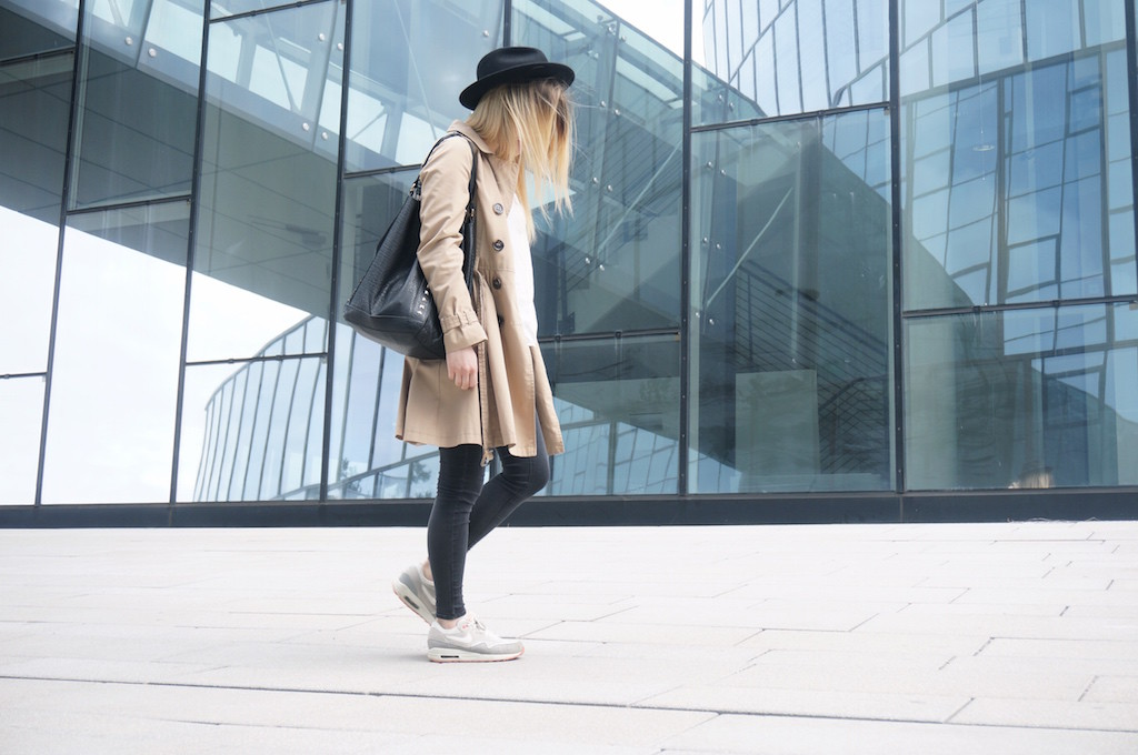 Fashionblog_Fashion_Trenchcoat_Sophiehearts_Outfit_Frühling_Mode_Trends11