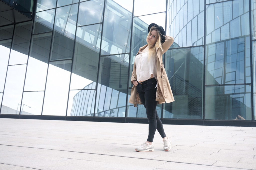 Fashionblog_Fashion_Trenchcoat_Sophiehearts_Outfit_Frühling_Mode_Trends9