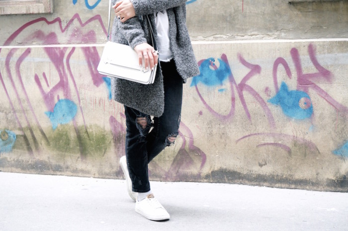 Fashion_Outfit_trend_Brille_Zanerobe_RippedJeans_Jeans_Sophiehearts4