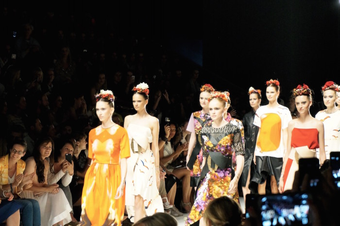 Berlin_BerlinFashionWeek_FashionWeek_MercedesBenzFashionWeek_MBFW_RebekkaRuetz_Sophiehearts10