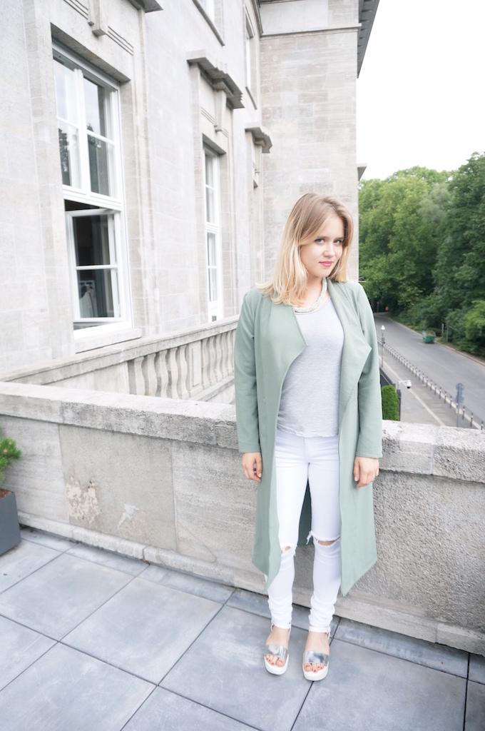 Berlin_BerlinFashionWeek_FashionWeek_MercedesBenzFashionWeek_MBFW_RebekkaRuetz_Sophiehearts20