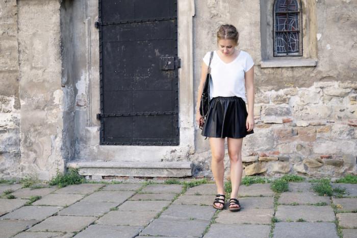 Birkenstock_Schlapfen_Birkis_Outfit_Summer_Sophiehearts5