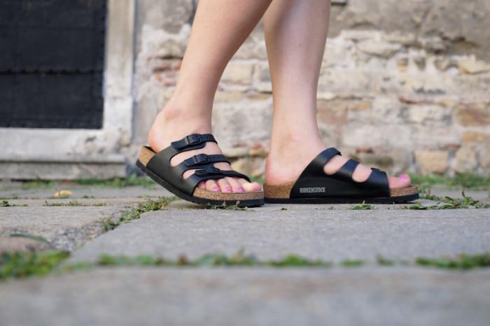 Birkenstock_Schlapfen_Birkis_Outfit_Summer_Sophiehearts9