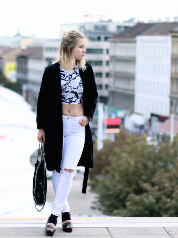 Outfit_CropTop_BlackandWhite_Sophiehearts (10 von 3)