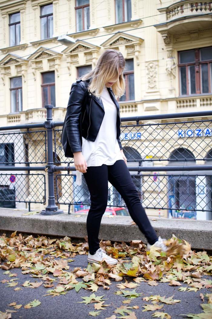 Terranova_Outfit_Herbst_Blackandwhite_Lederjacke_Sophiehearts (7 von 12)