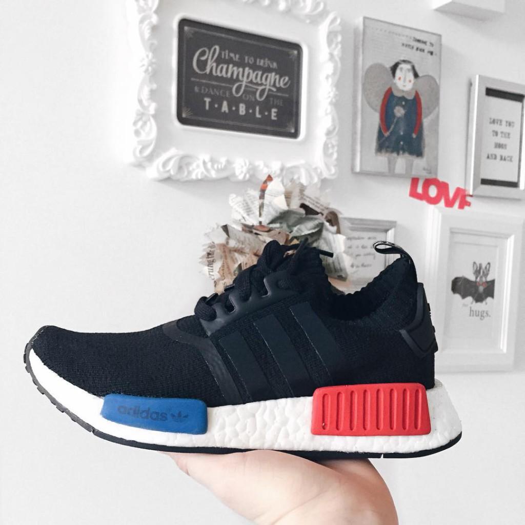 wohoooo der @adidas_at #nmd wurde heut gelauncht wie nice ist dieser schuh sneaker und laufschuh in einem - also perfekt für meinen australien trip für die wiener unter euch: gibt's im @sneakin_vienna, bei @steffl_department_store und bei der @zapateria_vienna major sneaker love ❣ thx to @threestripesonelove #sneaker #sneakerlove #kicksonfire #sneakeroftheday #sneakerporn #sophiehearts