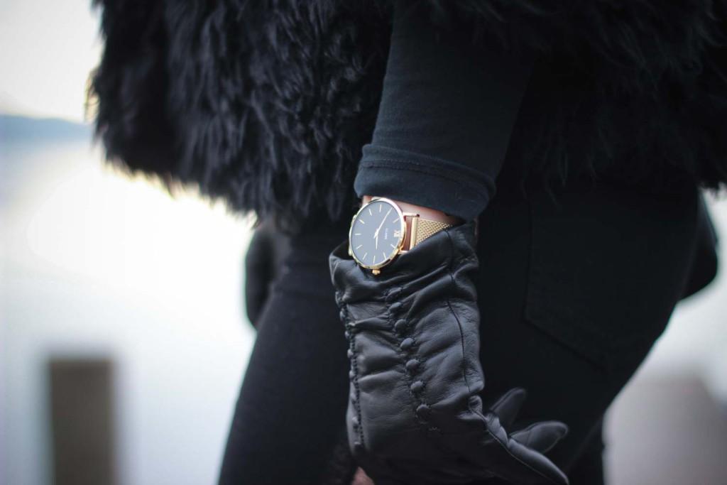 All Black Everything Schwarze Colmar Jacke Tezenis Rita Ora Collection Cluse Watch (10 von 13)