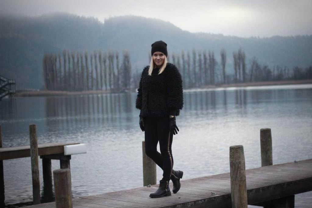 All Black Everything Schwarze Colmar Jacke Tezenis Rita Ora Collection Cluse Watch (4 von 13)
