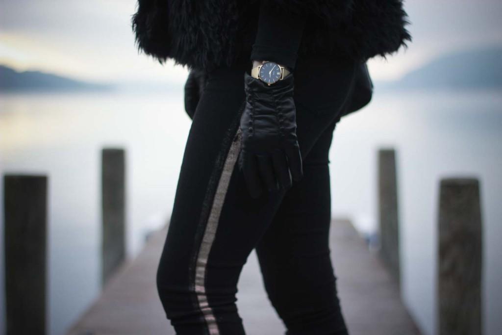 All Black Everything Schwarze Colmar Jacke Tezenis Rita Ora Collection Cluse Watch (8 von 13)