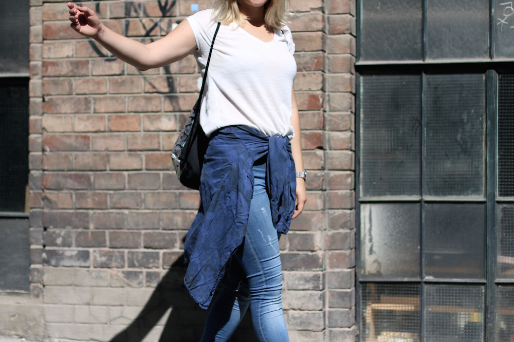 Fashion_Outfit_City_Hut_BlueJeans_AdidasTurbular_Sophiehearts7