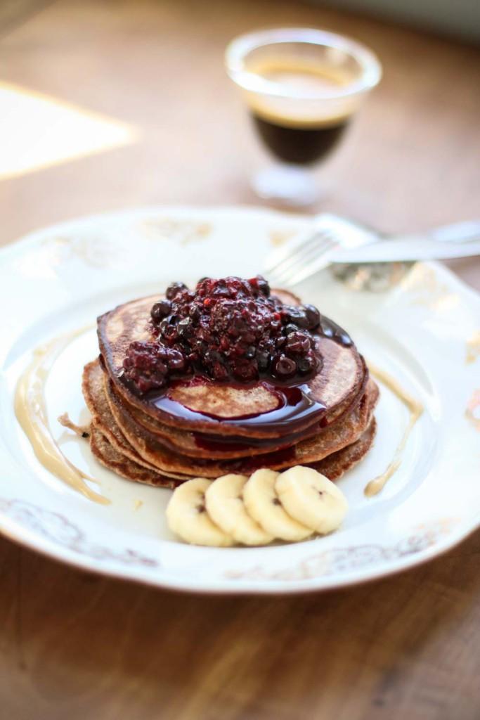 Breakfast_Fruehstueck_Healthy_Pancakes_Pfannkuchen_Mischung_Kastanie_Govinda_Sophiehearts_Fashionblog_Foodblog1