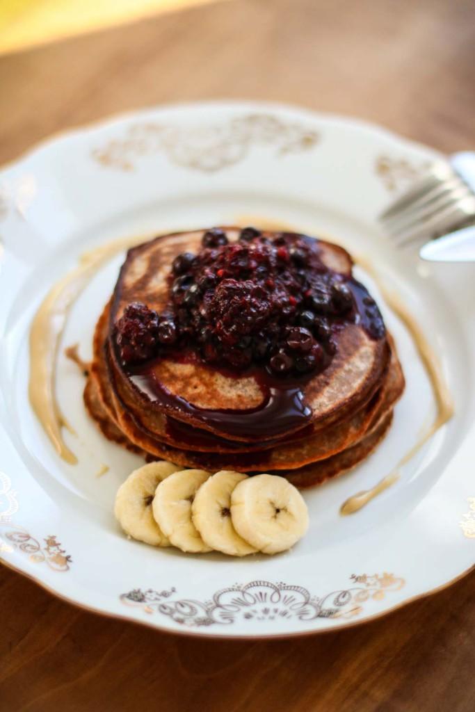 Breakfast_Fruehstueck_Healthy_Pancakes_Pfannkuchen_Mischung_Kastanie_Govinda_Sophiehearts_Fashionblog_Foodblog3