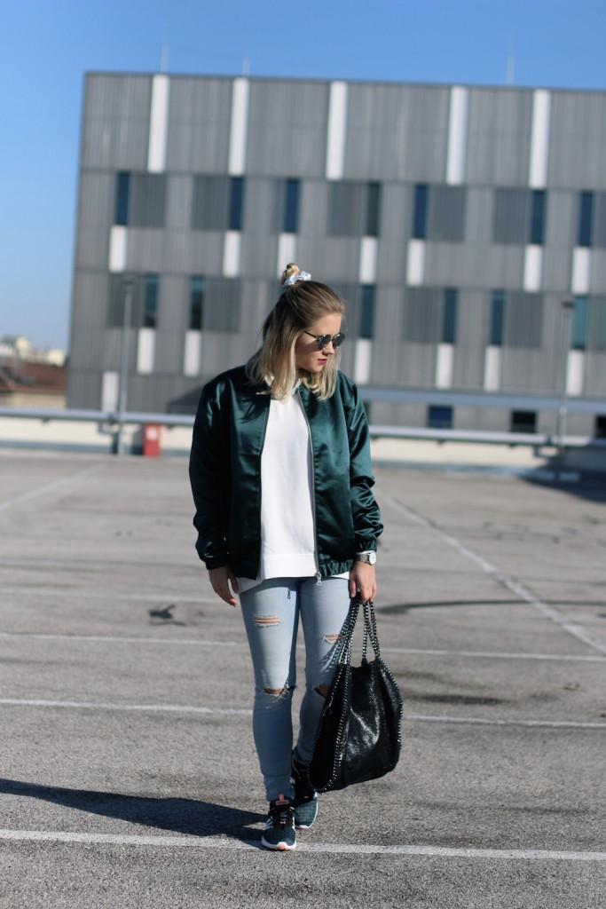 Bomberjacke Outfit Fashion Outfitpost Fashion Post Deichmann Adidas Originals Sophiehearts