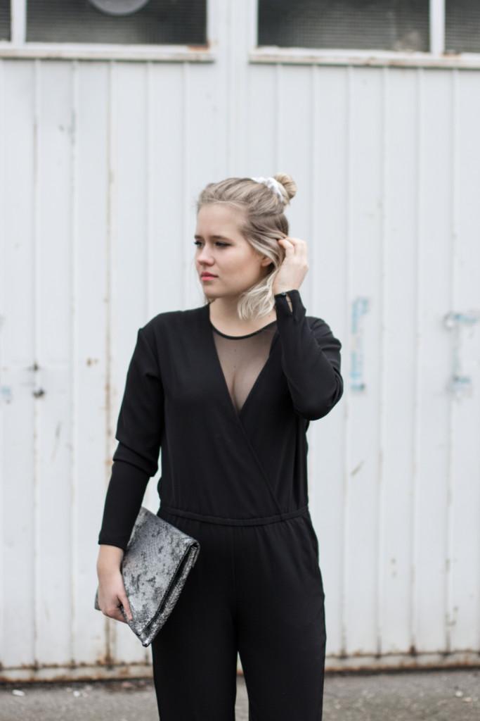 perfekte-jumpsuit-schwarz-hm-fashionblog-foodblog-wien-sophiehearts (5 von 9)