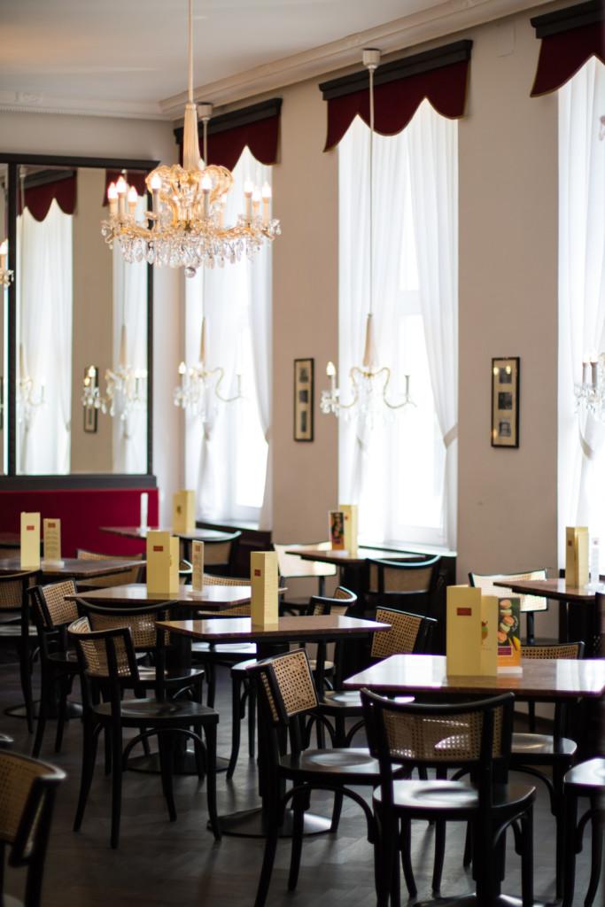 Cafe Dommayer Fruehstueck Sophiehearts Fashionblog Foodblog Vienna Wien (11 von 20)
