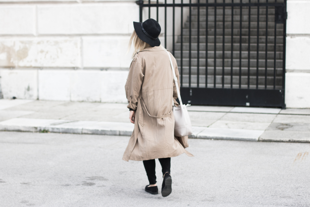 Der-perfekte-Trenchcoat-Fruehling-Outfit-Outfitpost-Fashionblog-Foodblog-Wien-Sophiehearts12