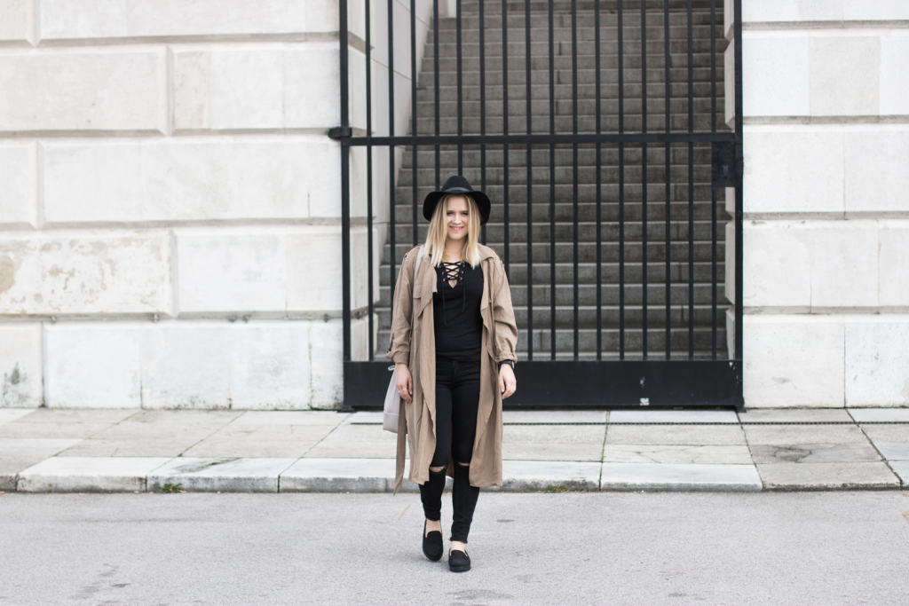 Der-perfekte-Trenchcoat-Fruehling-Outfit-Outfitpost-Fashionblog-Foodblog-Wien-Sophiehearts3