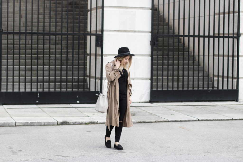Der-perfekte-Trenchcoat-Fruehling-Outfit-Outfitpost-Fashionblog-Foodblog-Wien-Sophiehearts4