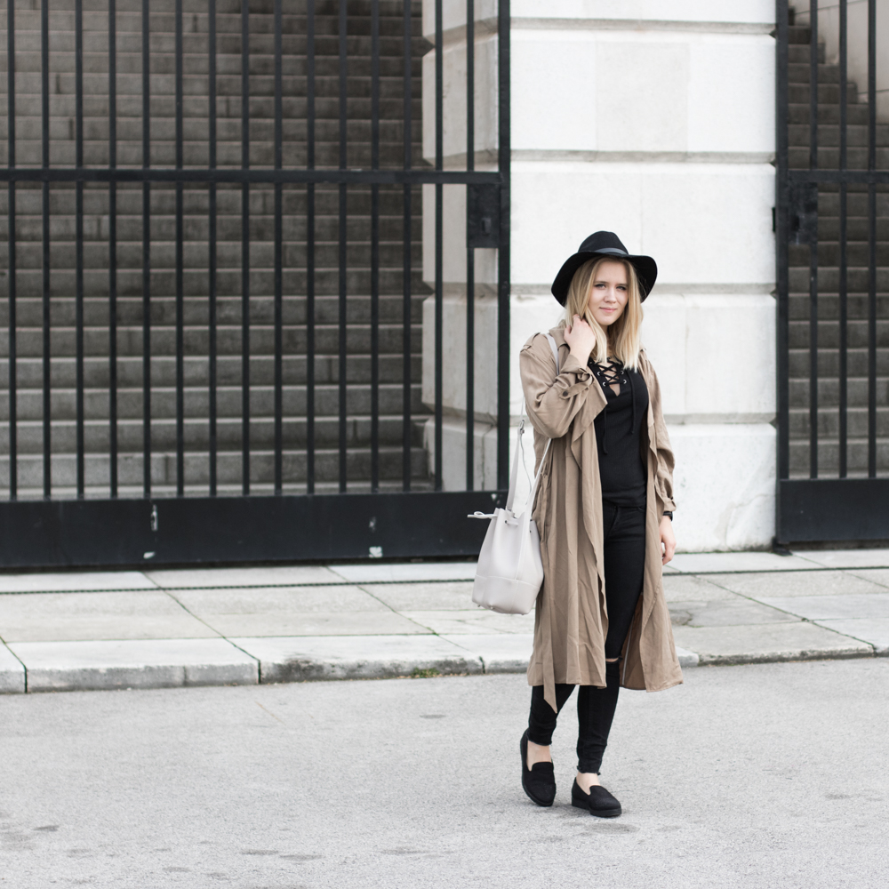Der-perfekte-Trenchcoat-Fruehling-Outfit-Outfitpost-Fashionblog-Foodblog-Wien-Sophiehearts5