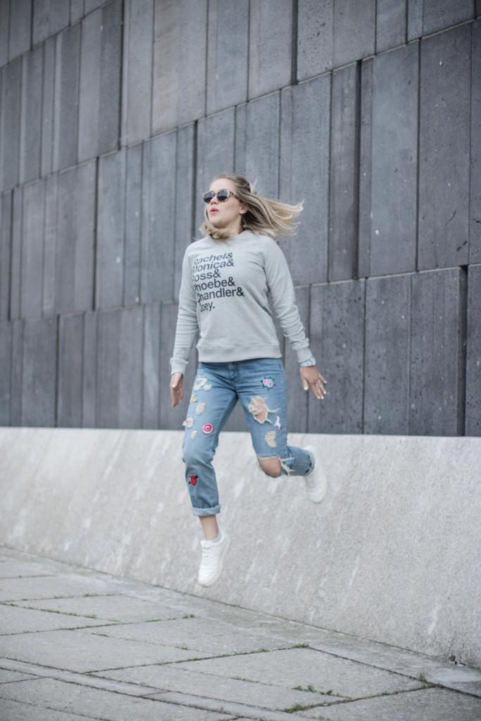 Friends Jumper Juniqe Fashionblog Foodblog Wien Vienna Sophiehearts (12 von 13)