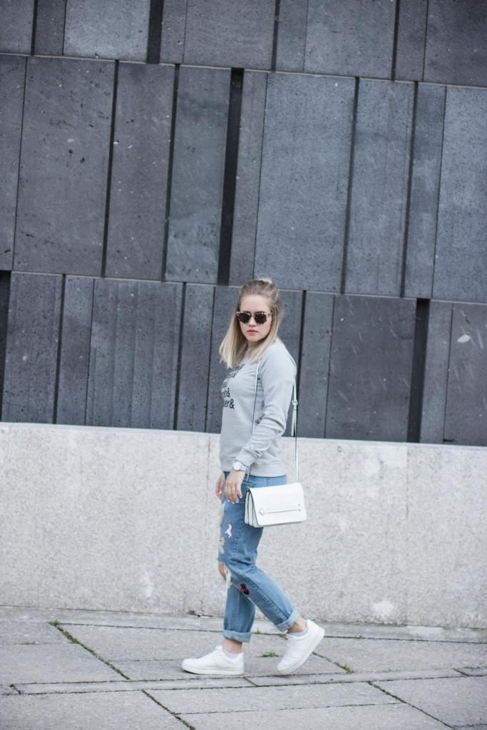 Friends Jumper Juniqe Fashionblog Foodblog Wien Vienna Sophiehearts (4 von 13)