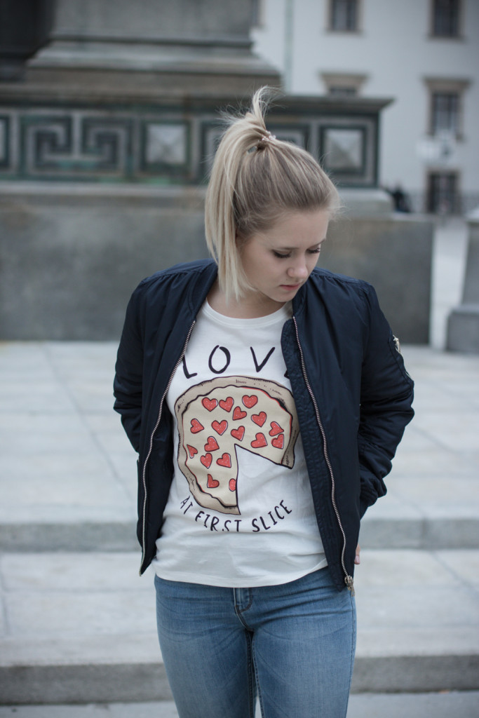 Musthave-Bomberjacke-Outfit-Outfitpost-Fashion-Fashionpost-Fashionblog-Foodblog-Wien-Vienna-Sophiehearts13