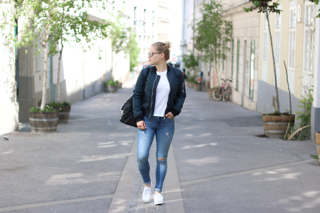 From day to night Bomberjacke Fashionblog Foodblog Wien Vienna Sophiehearts (1 von 6)