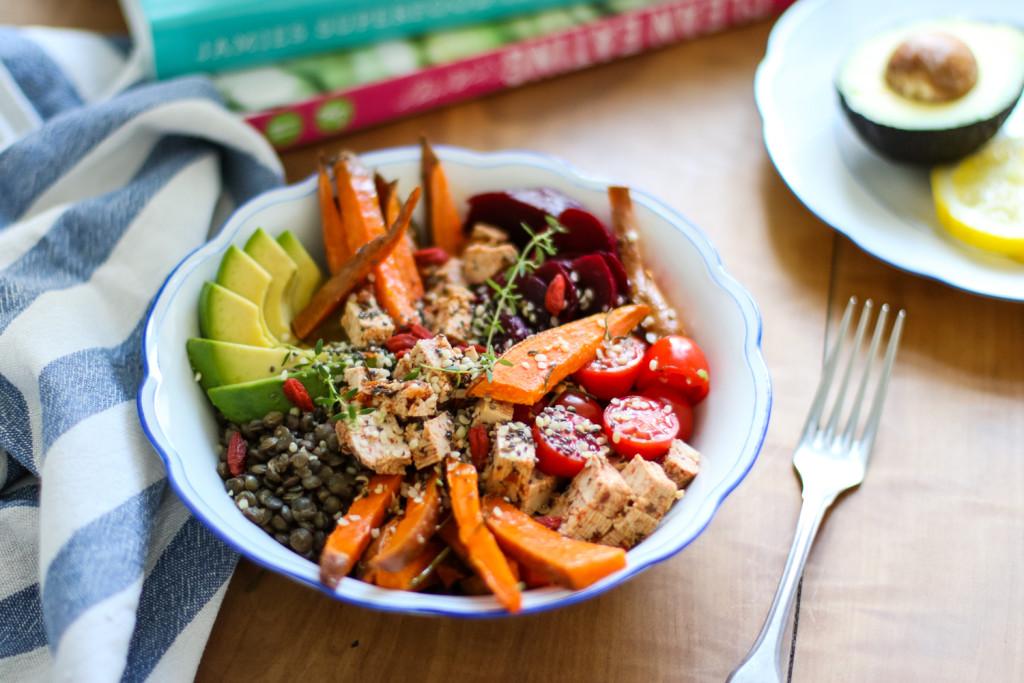 Lunch Bowl Rezept gesund Healthy Avocado Sophiehearts Fashionblog Foodblog Wien Vienna (2 von 5)