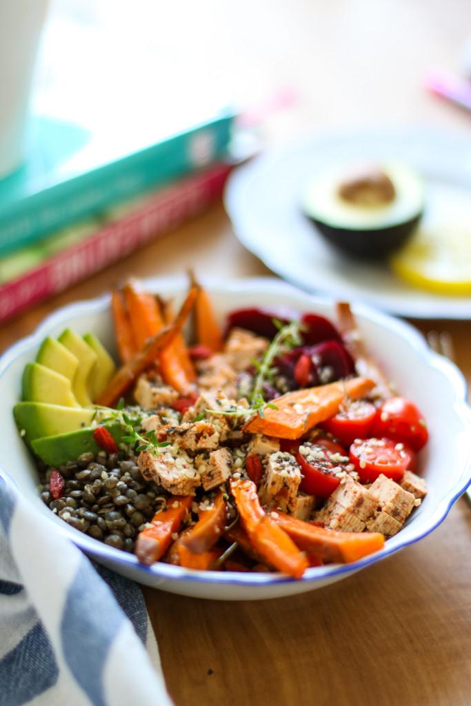 Lunch Bowl Rezept gesund Healthy Avocado Sophiehearts Fashionblog Foodblog Wien Vienna (4 von 5)