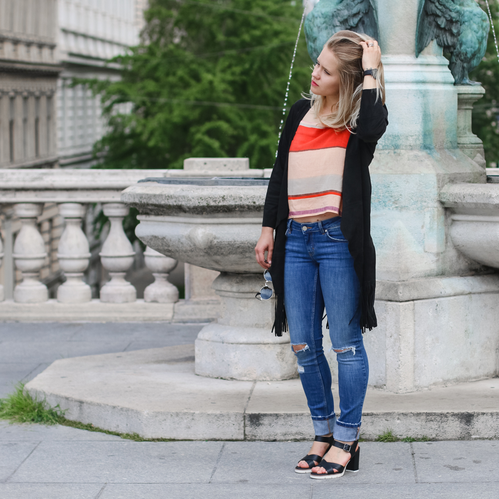 Outfit Ripped Jeans Fashionblog Foodblog Wien Vienna Sophiehearts (2 von 15)