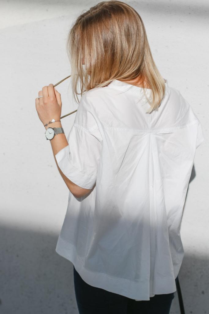 outfit ootd weisse bluse schwarze hose espandrillos sophiehearts fashionblog foodblog wien vienna (11 von 14)