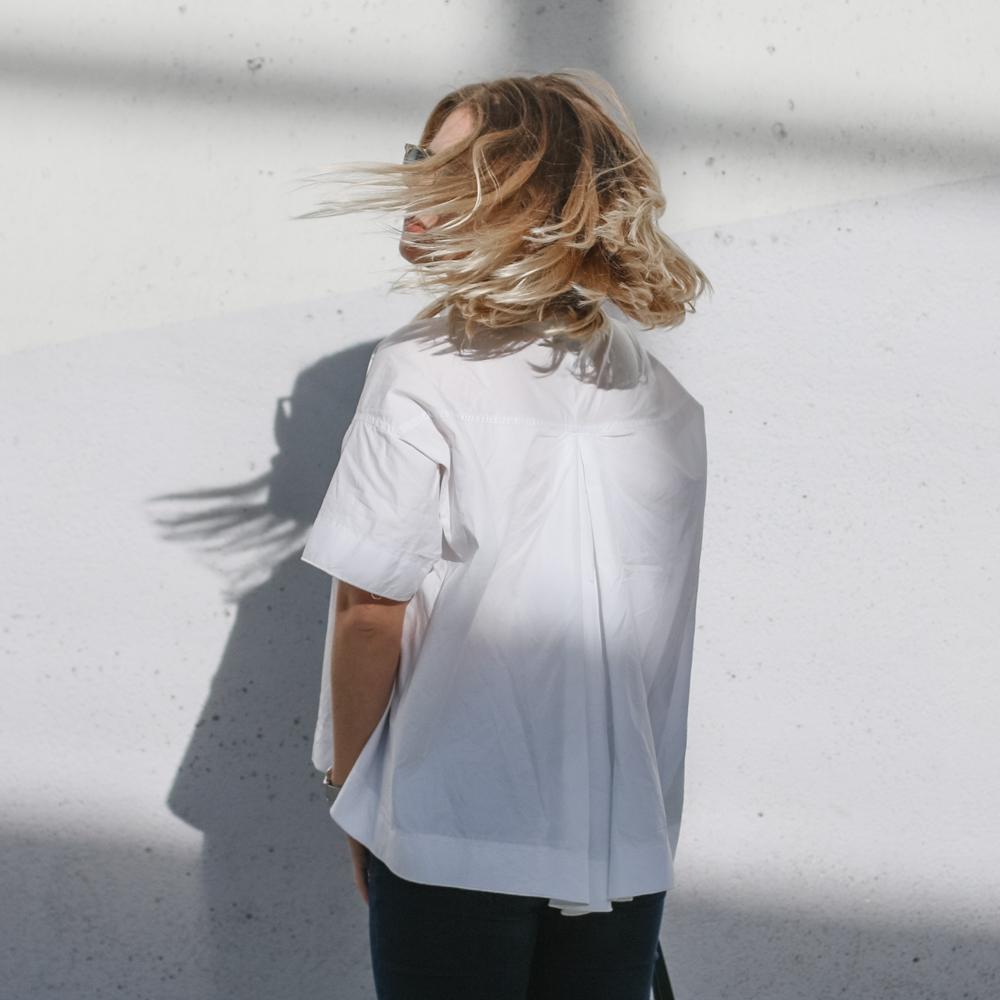 outfit ootd weisse bluse schwarze hose espandrillos sophiehearts fashionblog foodblog wien vienna (4 von 14)