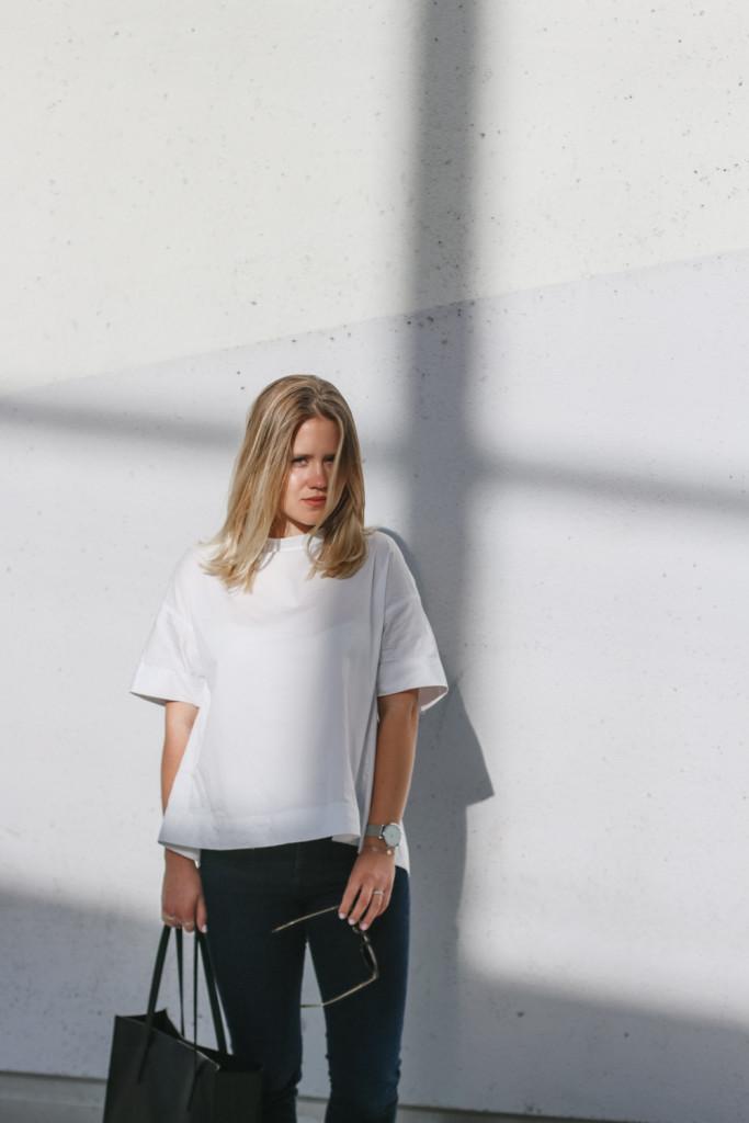 outfit ootd weisse bluse schwarze hose espandrillos sophiehearts fashionblog foodblog wien vienna (6 von 14)