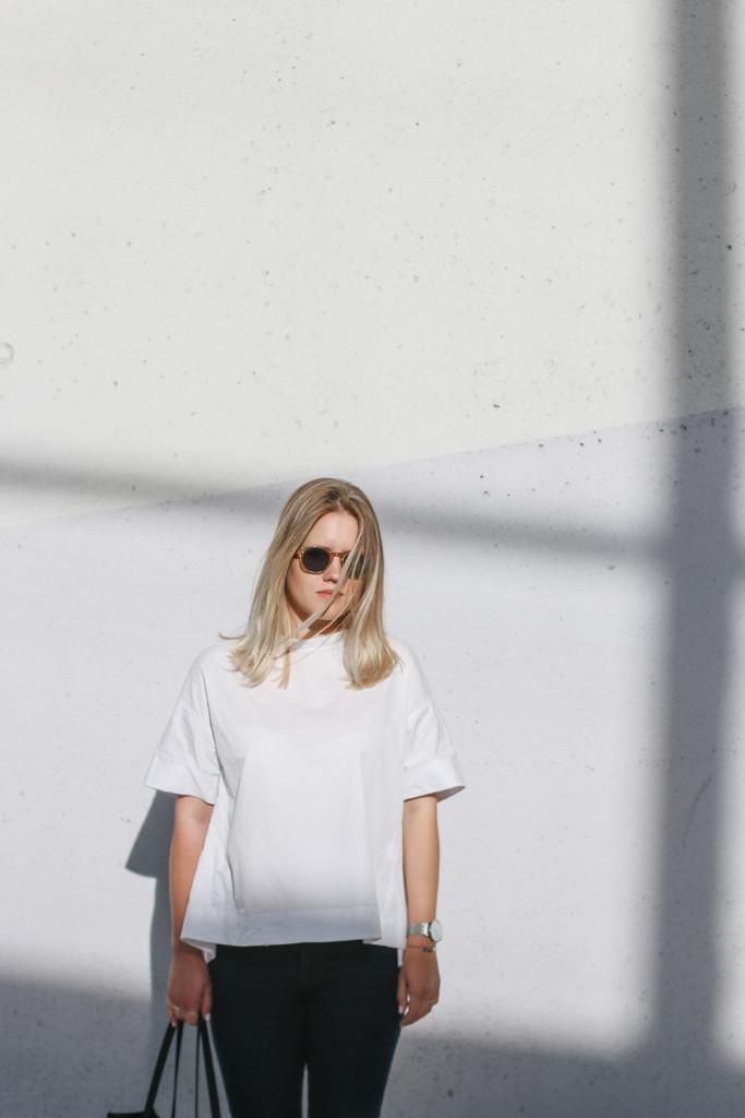 outfit ootd weisse bluse schwarze hose espandrillos sophiehearts fashionblog foodblog wien vienna (7 von 14)