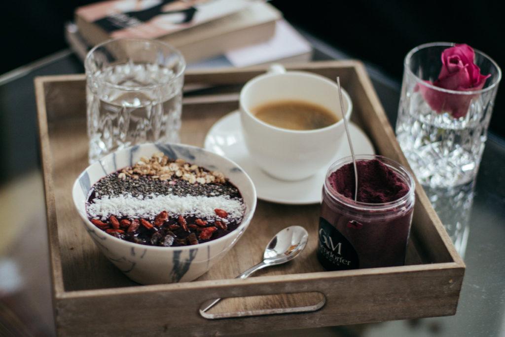 toppings-acai-bowl-breakfast-fruehstueck-foodblog-sophiehearts-wien-vienna-7-von-10