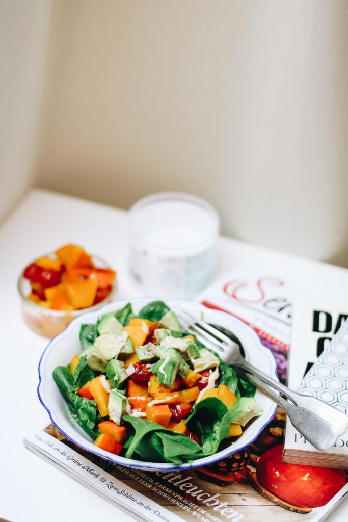 kuerbis-salat-mit-avocado-healthy-gesund-lunch-foodblog-sophiehearts-wien-vienna-5-von-6