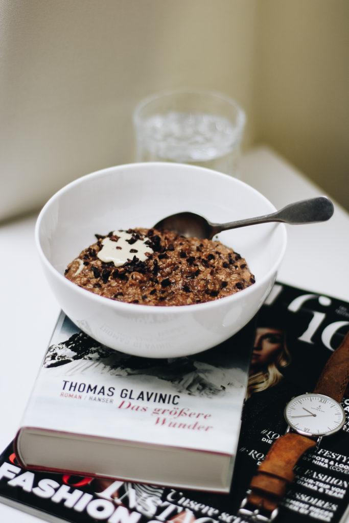 schokoporridge-vegan-clean-food-foodblog-breakfast-fruehstueck-sophiehearts-wien-vienna-1-von-6