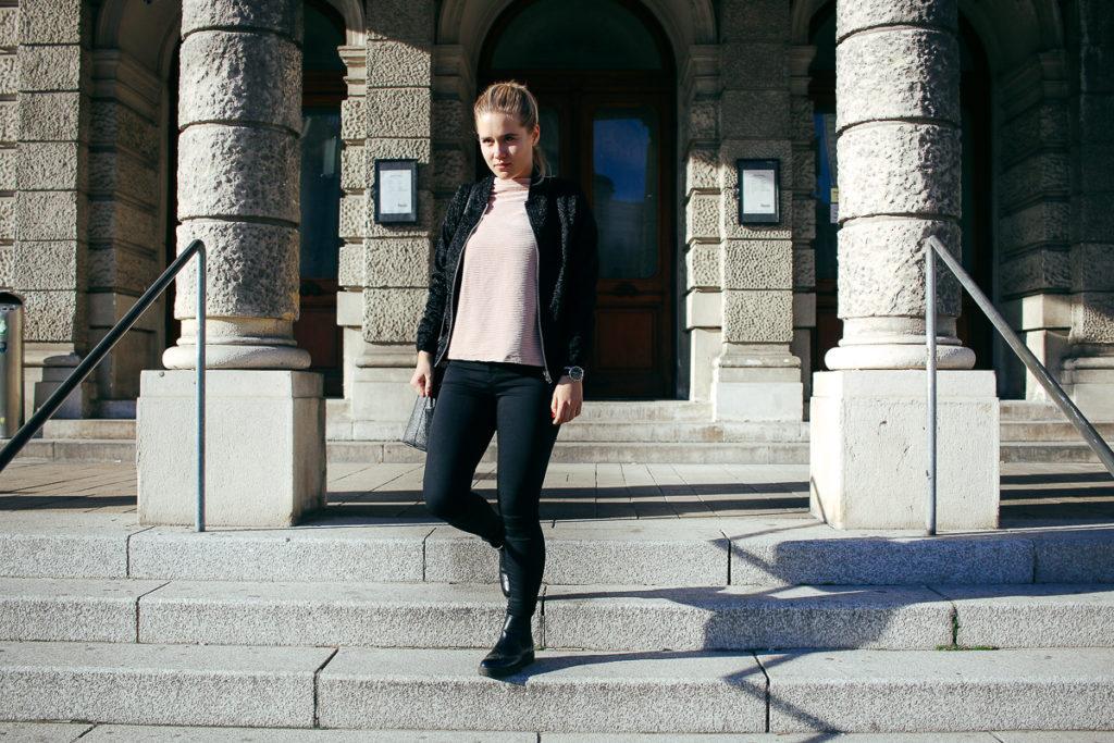 fashion-velvet-samt-fashionblog-outfit-7wtw-sophiehearts-wien-vienna-1-von-9