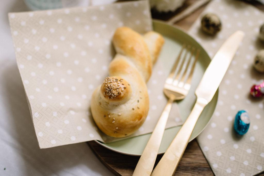 saure brioche Hasen für Ostern Rezept food foodblog wien Vienna sophiehearts