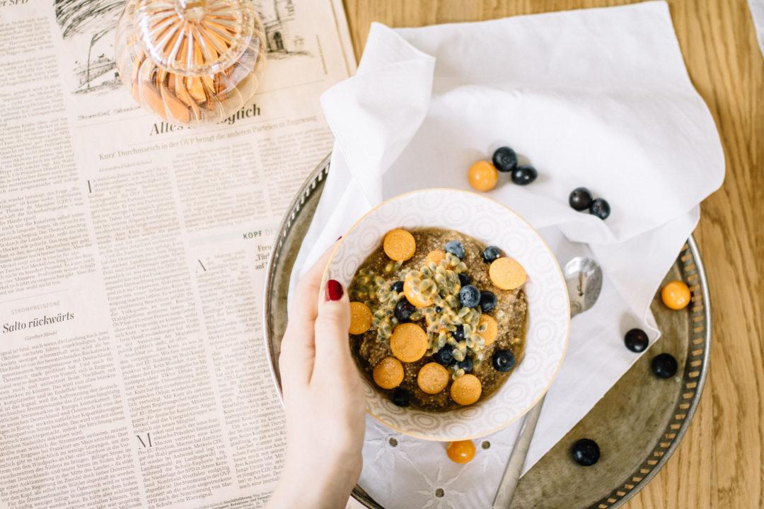 veganer quinoa porridge. Black Bedroom Furniture Sets. Home Design Ideas