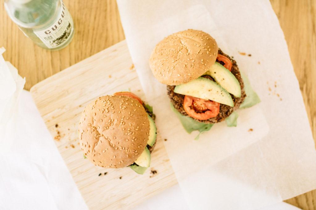 veggie burger mehlfrei und vegan. Black Bedroom Furniture Sets. Home Design Ideas